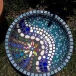 Birdbath / garden bowl