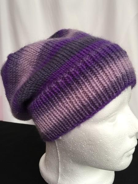 Unisex childs hand knit slouchy-beanie Murano 2