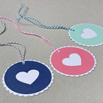 Set of 3 Round Scalloped Gift Tags with Heart - Birthday, Wedding, Mothers Day