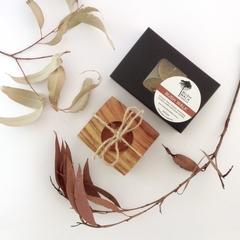 WOOD & WAX - Beeswax - Bush Tea Lights - Camphor Laurel Holder - Gift Pack