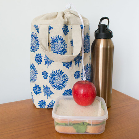 Insulated lunch tote in blue Succulent Garden design. Lunch bag for women.