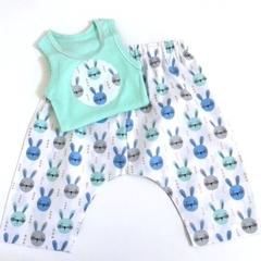 "Size 3 to 6 months ""Bunnies"" Harem Pants & Appliqued Singlet"