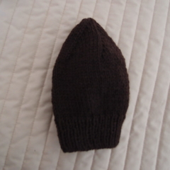 Size 1-3 yrs hand knitted beanie in Dark Brown: washable, affordable