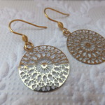 Stainless Steel Gold Plated Round Filigree Flower Web Pendants on Gold Plated St