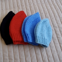 *Grow Set Special * 4 beanies (New born to 3 yrs +): boy , washable