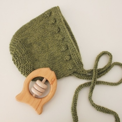 Green Bobble baby bonnet  - 0.6 months Hand knitted  in baby alpaca