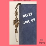 NEVER GIVE UP - bookmark