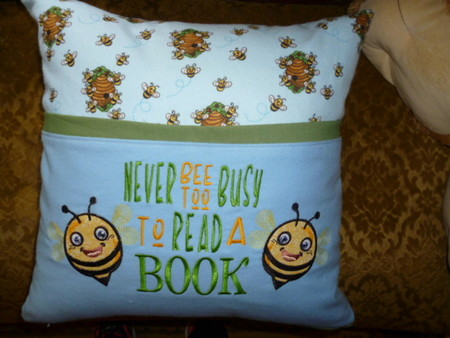 """""""Busy Bee"""" Reading/Pocket Cushion (cover only)"""