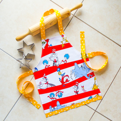Kids/Toddlers Apron - lined kitchen/play apron - Dr Seuss
