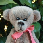 Sammy - a miniature collector's bear - sassy fur