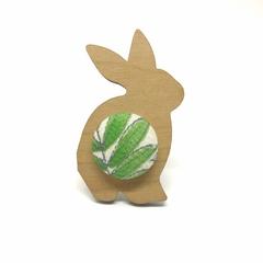 Kimono Bunny Brooch - Emerald Leaf