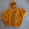 Size 0-6 months Baby Cardigan : washable, unisex