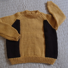 SIZE 3-4 : Hand knitted jumper : warm, washable, fashionable, boy