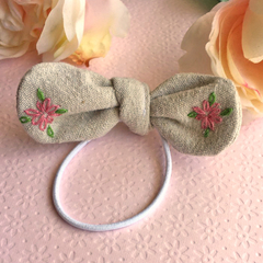 Girls | Ladies | Knot Hair Tie | Linen | Embroidered daisy's | Carson Collective