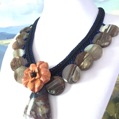 Natural AGATE with Jasper-Carved Flower Hand-crocheted Necklace.