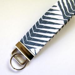 Wrist Key Fob / Keyring - grey and White Arrows