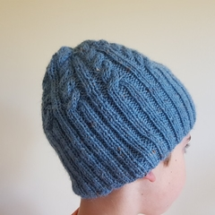 Hand knitted cable beanie (Alpaca/Wool/Viscose)