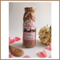 SMALL MOTHER'S DAY HOT CHOCOLATE Mix in a bottle. Makes 2 decadent mugs