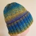 Hand knitted beanie (100% Australian Pure New Wool)