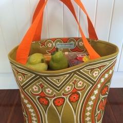 Shopping or general-purpose tote bag – retro circle and flowers print 1