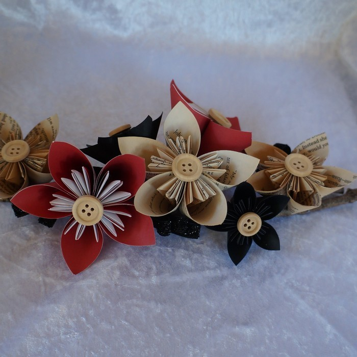 Blackred Origami Flower Arrangement On Small Branches