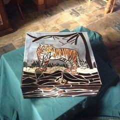 Mosaic Tiger Box