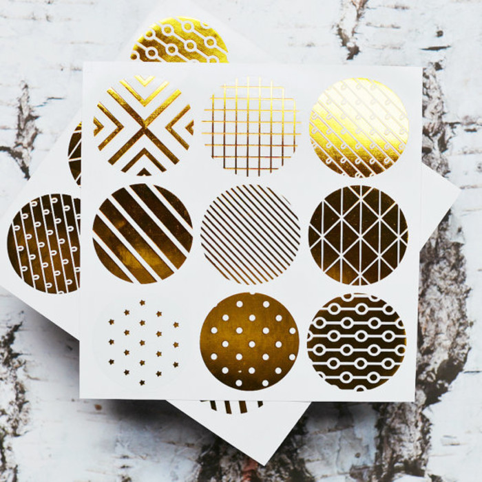 Geometric print 18 gold foil transparent seals round gold stickers seals