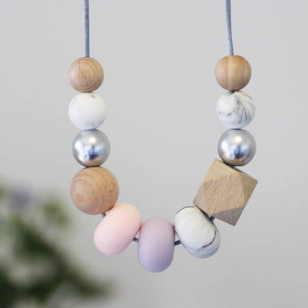 Silicone Nursing Necklace Mum Jewellery BPA FREE Pastel Pink & Natural Wood