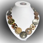 Button necklace - Jungle Drums