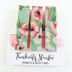 Tropical Hibiscus Blossoms - Chunky Magnet Pegs - Magnetic Memo Pegs - Set of 3