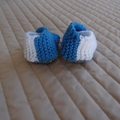 New born- 3mths: Baby booties/slippers in blue and white by  CuddleCorner
