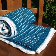 Crochet blanket - blue and white