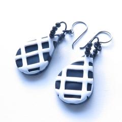 Grid black and white drop earrings