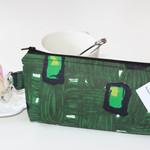 Zippered pouch, bag organiser, make-up bag Green