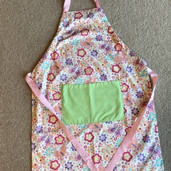 Adult adjustable apron