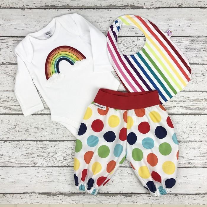 909f1208c5 Rainbow Baby Gift Set - Size 000 Onesie