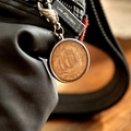 Zipper Pull - Commonwealth Half Penny