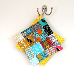 2 x Reversible Patchwork Pot Holders - Trams, Magpies, Tickets, Melbourne Places