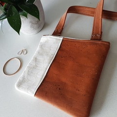Cream and cinnamon shoulder bag