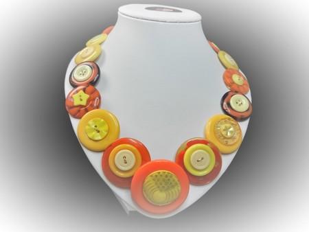 Button necklace- Desert Delight