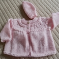 Size 0-6 months Baby Jacket/Cardigan and matching beanie in pink