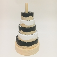 Monochrome DONUT stacker