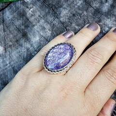 Jewel Dragon Scale Ring - real snake shed in purple