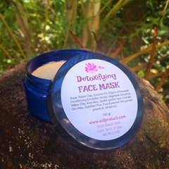 Detoxifying FACE MASK