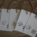 6 Snowflake Tags + 10 Wreath Gift Tags ~ Snowflake Gift Tags