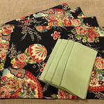 GIFT SET: 4 Placemats  Kimono Fan Black & 4 Dinner Napkins in Lagoon.