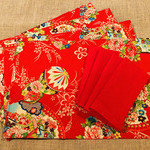 GIFT SET: 6 Placemats  Kimono Fan Red & 6 Luncheon Napkins in Red.