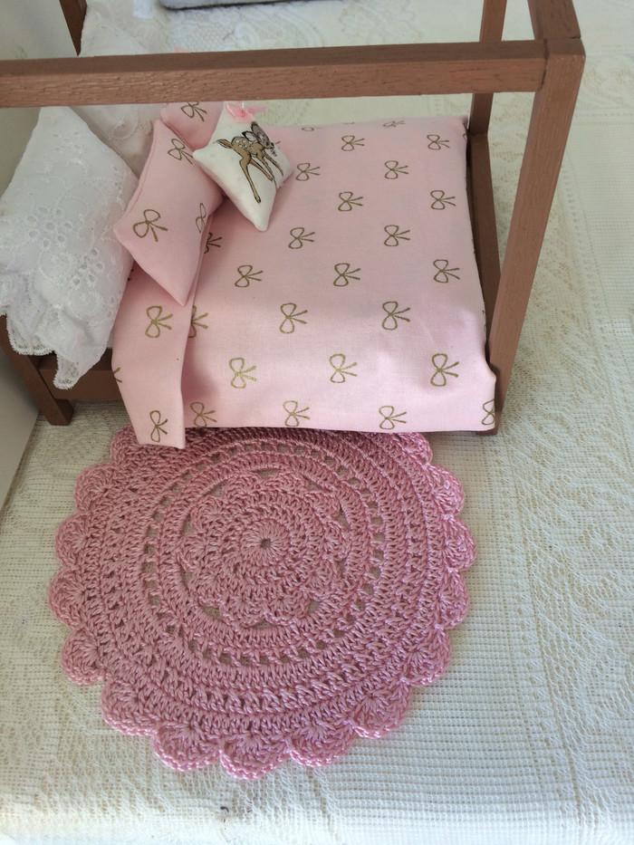 Miniture Crocheted Doily Rug Handmade Dollhouse Floor Rug