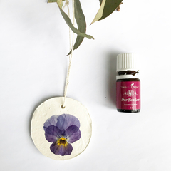 Essential oil diffuser / car and room deodoriser- clay and pressed flowers