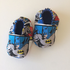 Baby boys booties, handmade baby shoes, crib shoes, soft shoes. Batman baby shoe